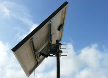 Supporto fissaggio testa palo moduli fotovoltaici pannello solare 110W 185W