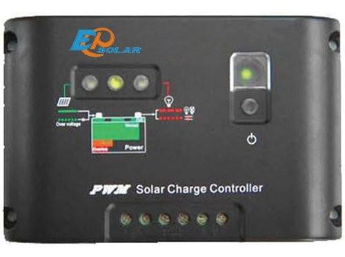 Kit fotovoltaico per l illuminazione esterna e interna con faro da