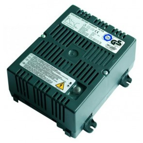 CARICA BATTERIE SWITCHING SERIE - CB500